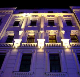 Hostel Leipzig Fassade Nachts